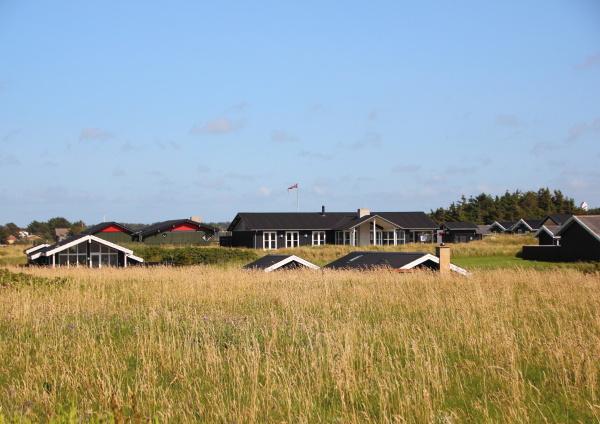 casas de verano danesas en colinas