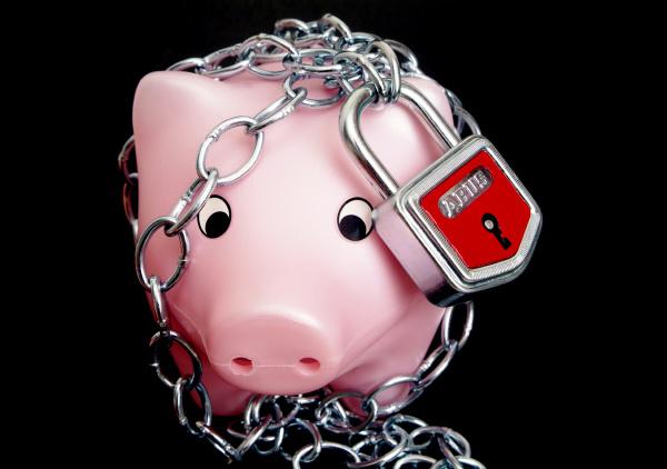 cerraduras suministro fondo de pensiones planificacion