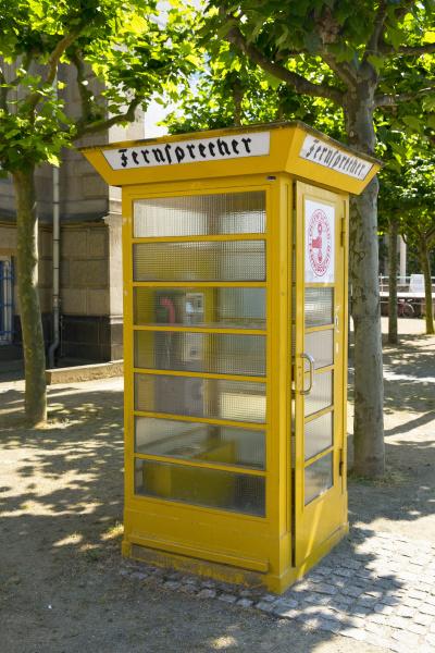cabina telefonica telefono historico cultura tecnologia