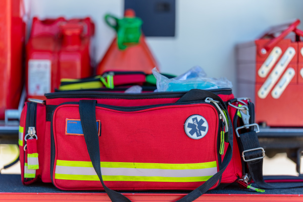 botiquin de primeros auxilios una bolsa