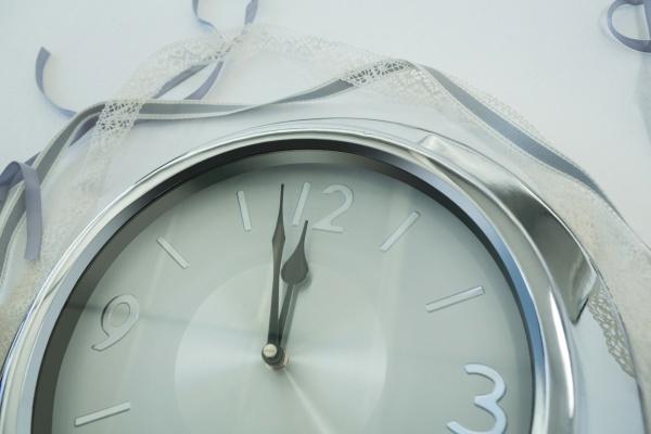 manecillas, de, reloj, que, alcanzan, las - 27572023