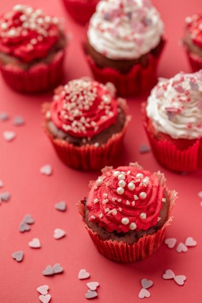 cupcake con crema y espolvorea azucar