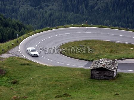 conducir montanyas alpes austria coche carro