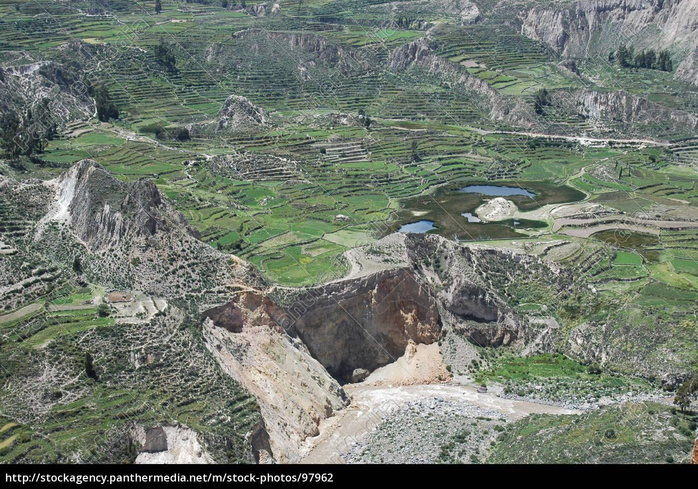 Stockphoto 97962 Terrazas Incas 1