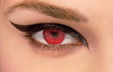 ojos rojos iii