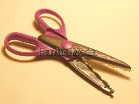 arte camara acero purpura hoja tijeras