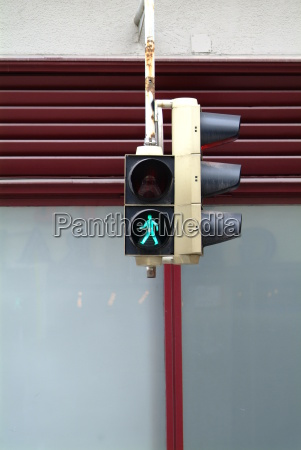 traffic light green fussgaenger 2
