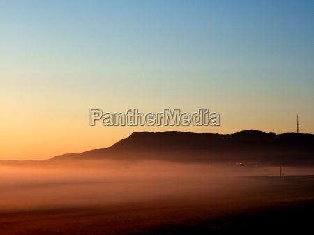 azul campo niebla humor cielo montanya