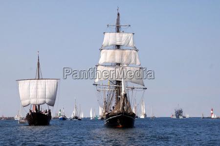 marineros roald amundsen