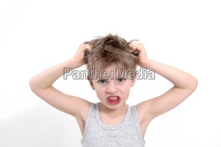 sentimiento masculino cara hombre cabello mal