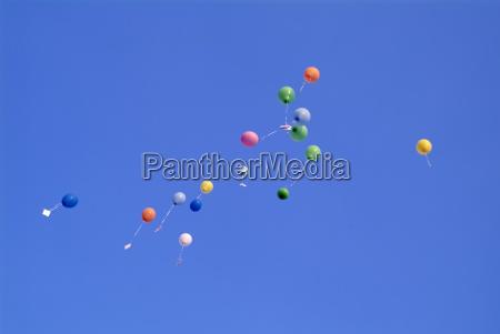 noventa y nueve globo