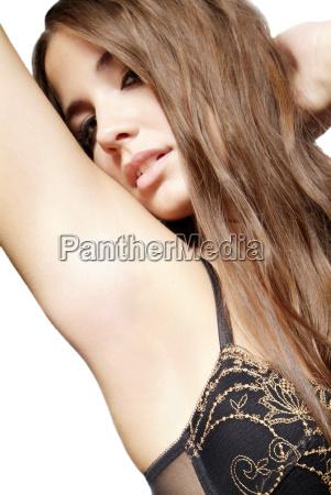 mujer con el sujetador