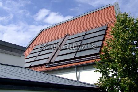 casa construccion energia solar colector solar