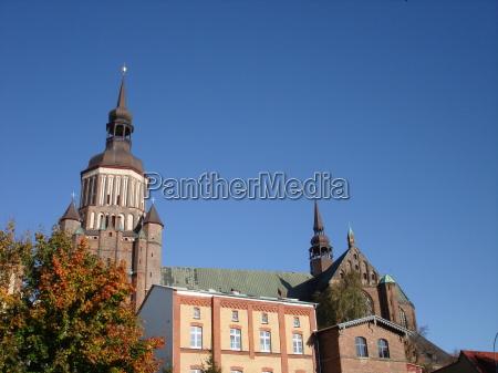 torre hanseatica ciudad campana stralsund mechlenburgvorpommern
