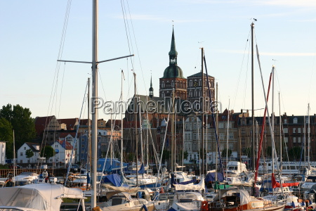 stralsund harbour and st marys church