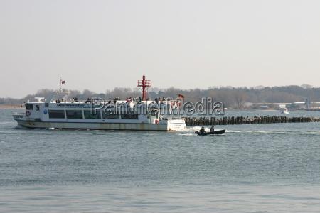 hanseatica ciudad cielo puerto de cruceros