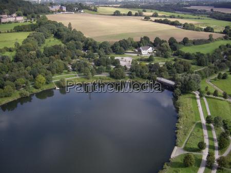 vista panoramica un lago artificial vista