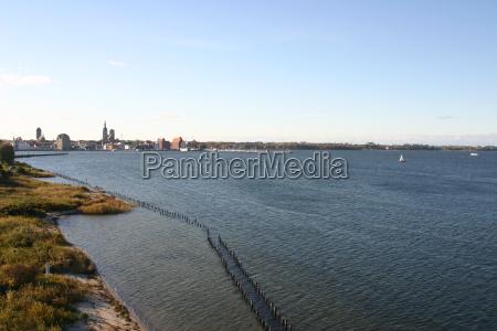 puerto de agua mar baltico de