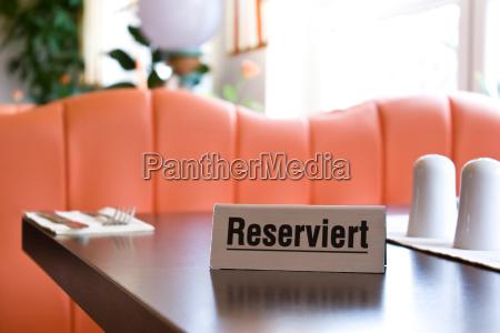 restaurante servicio reserva firmar escena reservado