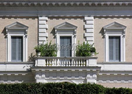 facade in rome