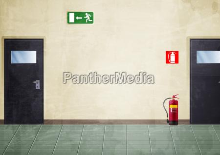 extintor corredor puerta fuego salida interior