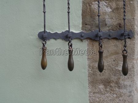senyal historico campana anillo tire de