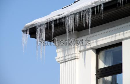 invierno ventana frio hielo carambano carambanos