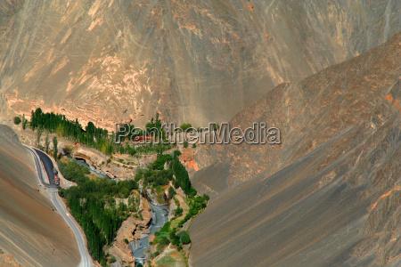 montanyas desierto oasis valle montanya rio