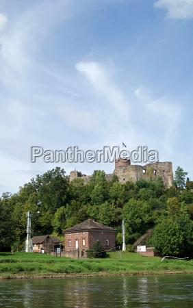 ruinas del castillo polen weser bergland
