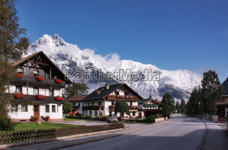 casas montanyas austria tirol pueblo nieve