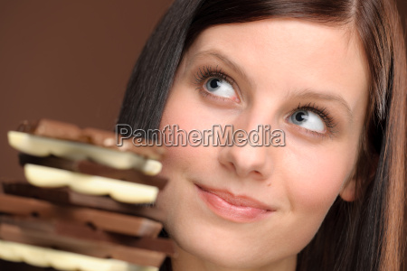 chocolate retrato joven mujer sana