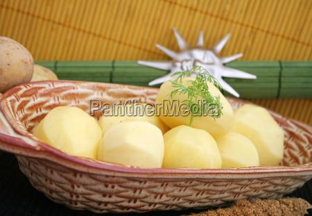 comida vegetal peladas papas hervidas patatas