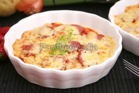 comida queso casero salchicha