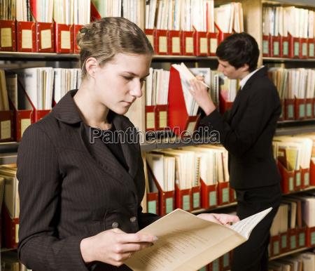 mujer mujeres hermoso bueno escritorio educacion