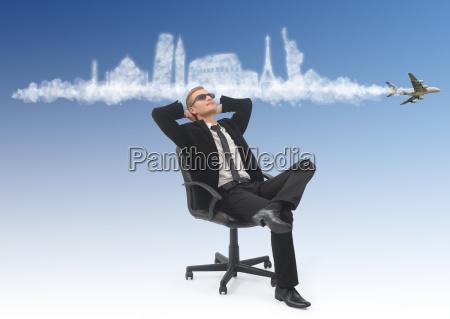 hombre de negocios sonyando con sus