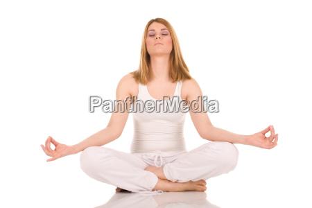 mujer meditacion formacion yoga tramo se