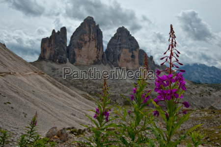 montanyas dolomitas alpes simbolos pinaculos signo