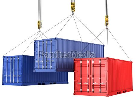 tres contenedores de carga estan siendo