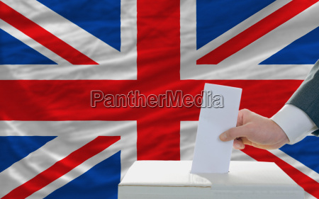 man voting on elections in great