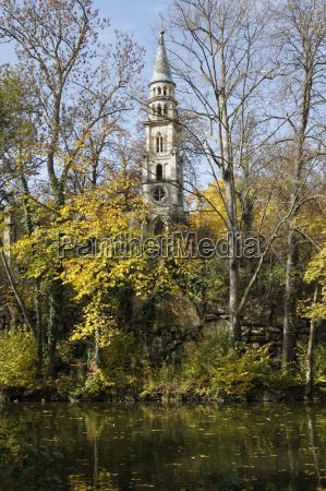 parque capilla alemania stuttgart ruina seeschloss