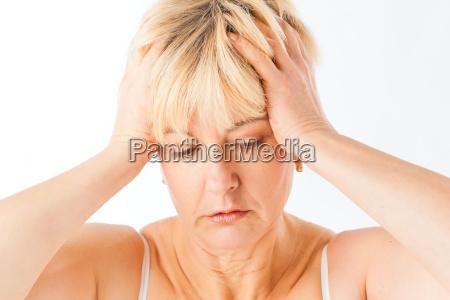 medicina y enfermedad cefalea o migranya
