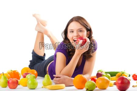 dieta saludable mujer joven con