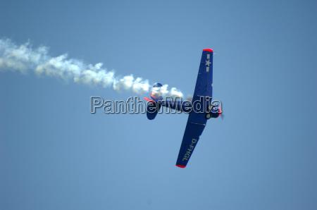 helice vuelo muestran deporte aviones acrobacia