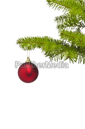 una bola de decoracion roja en