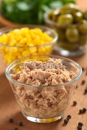 tuna at glass bowl
