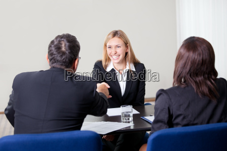 entrevista trabajo femenino ley candidato reclutamiento