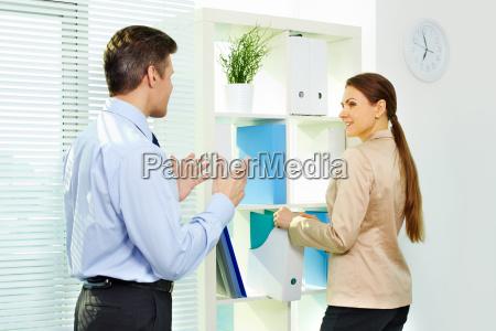 mujer personas gente hombre oficina risilla