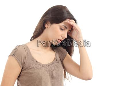 mujer con un dolor de cabeza