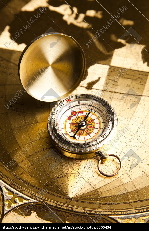 instrumento, de, navegación, mapa, y, brújula - 8800434