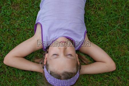 relajacion verano veraniego jovenes rubia rubio